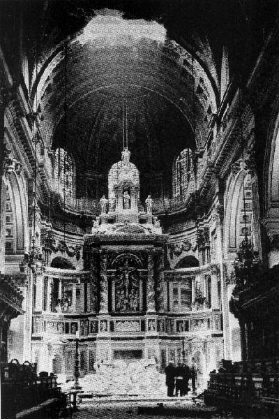 St Paul's Cathedral London, October 10th 1940, altar destroyed by German bomb, an 'act of God'.